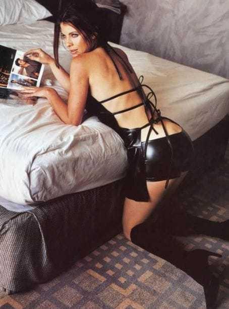 yasmine bleeth big butt