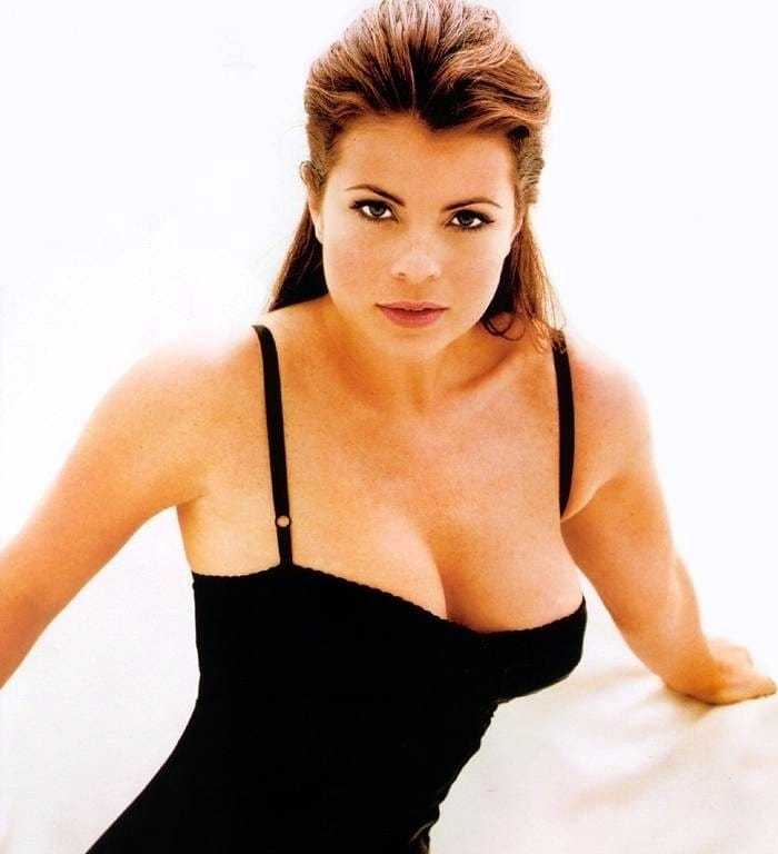 yasmine bleeth sexy pictures