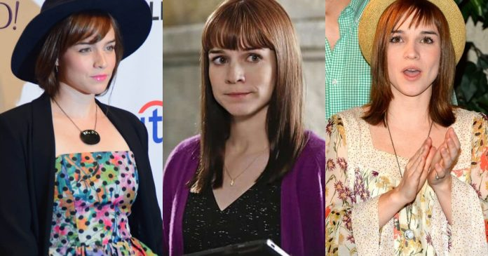 37 Renee Felice Smith Sexy Pictures Of That Will Make You Begin To Look All Starry Eyed At Her