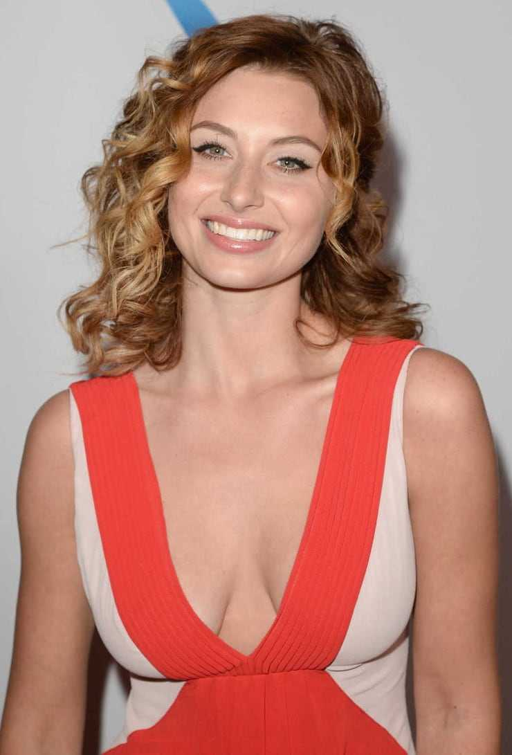 Aly michalka sexy. 63 Aly Michalka Sexy Pictures Will Make