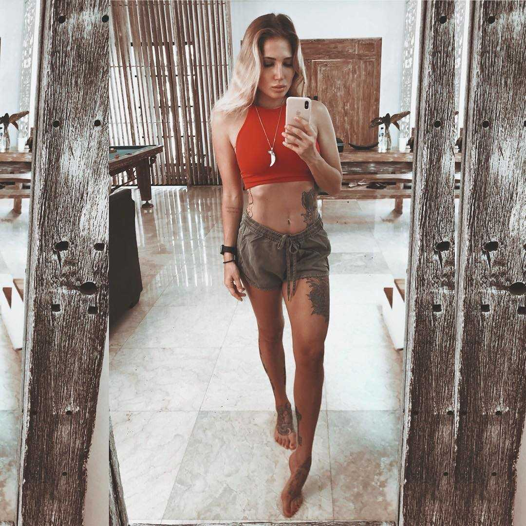 Anastasia Yankova hot look (2)