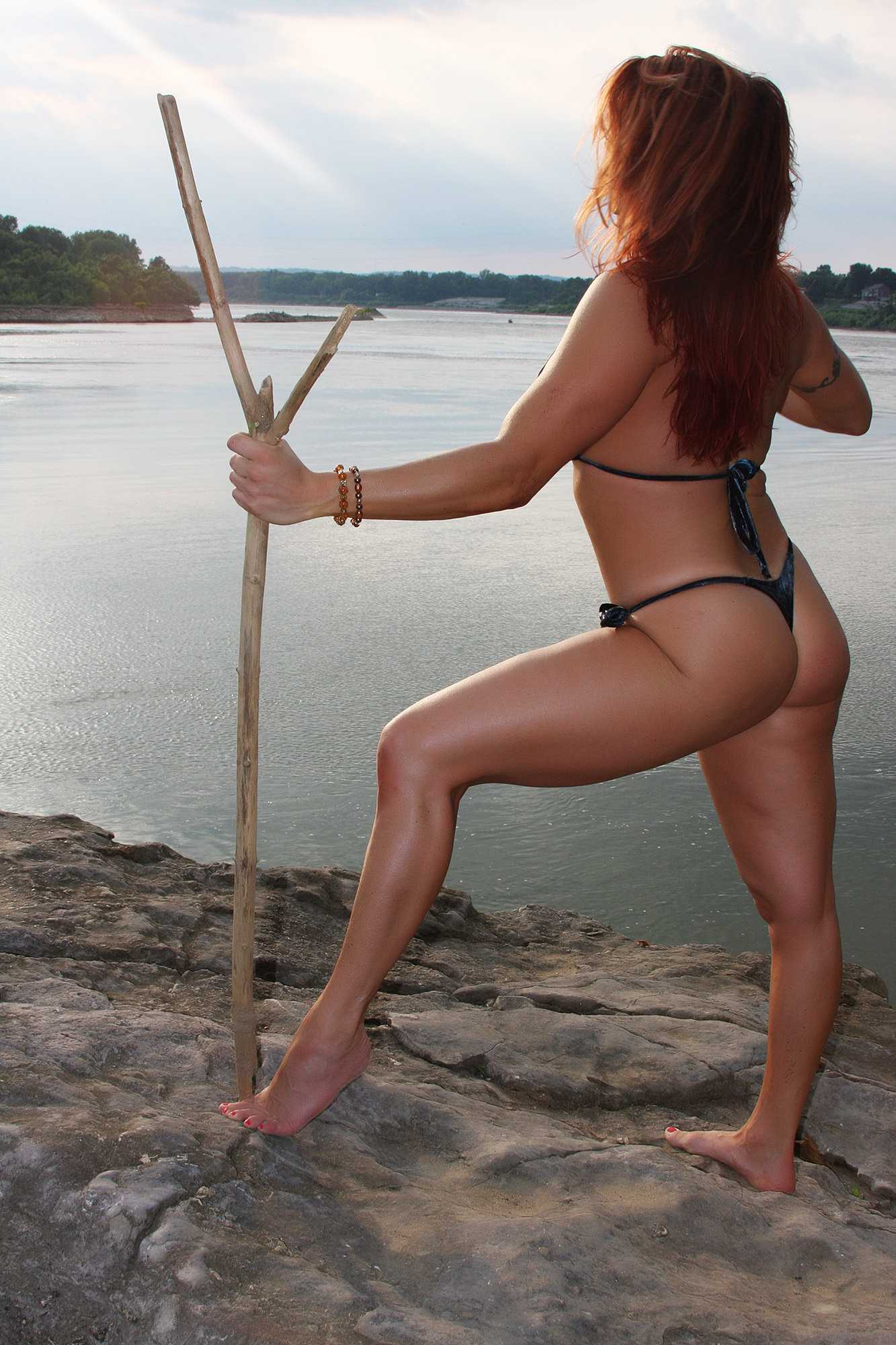 April Hunter hot butt pic