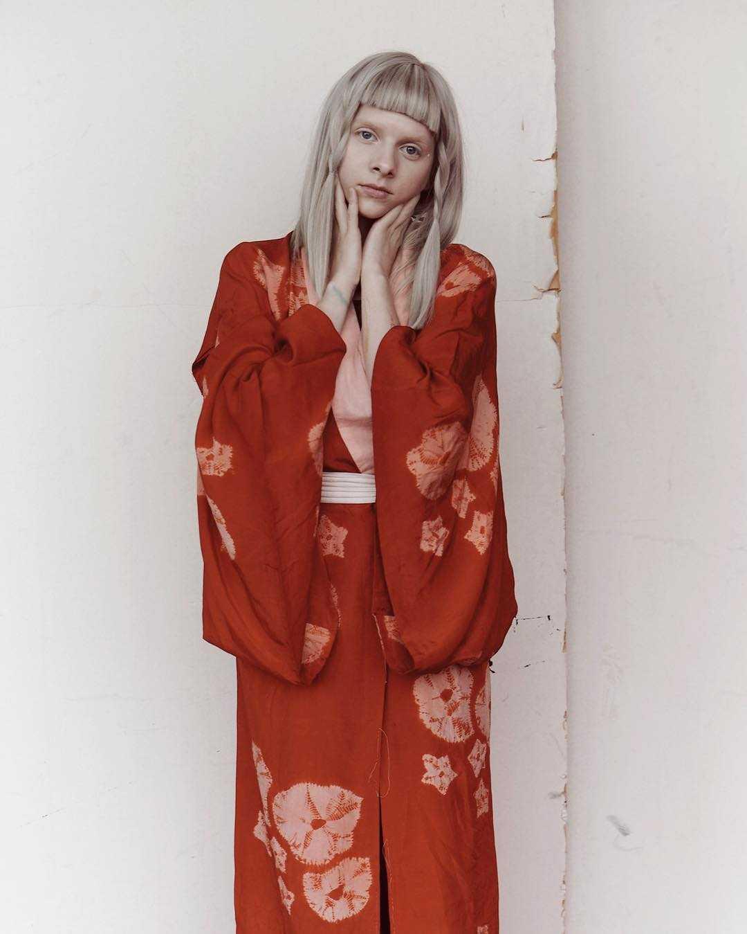Aurora Aksnes hot pictures (2)