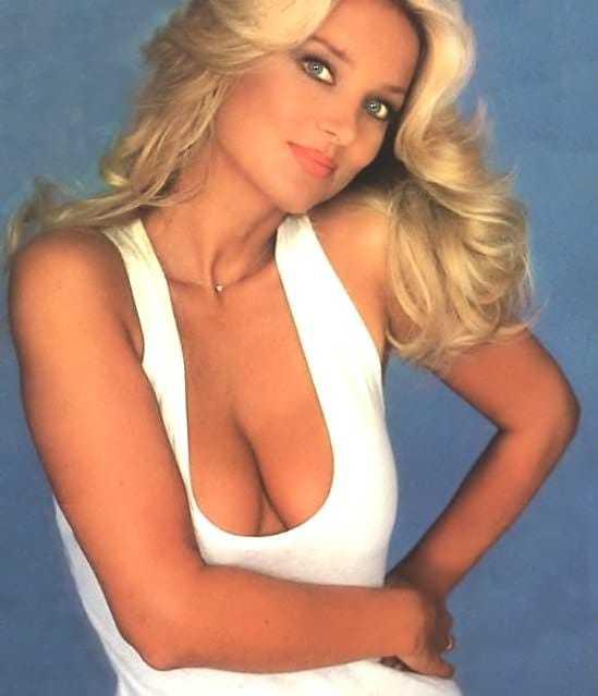 Barbara Bouchet big boobs cleavage