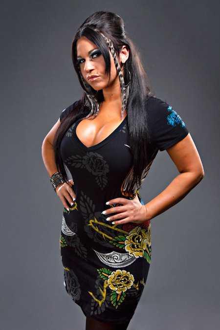Becky Bayless hot look