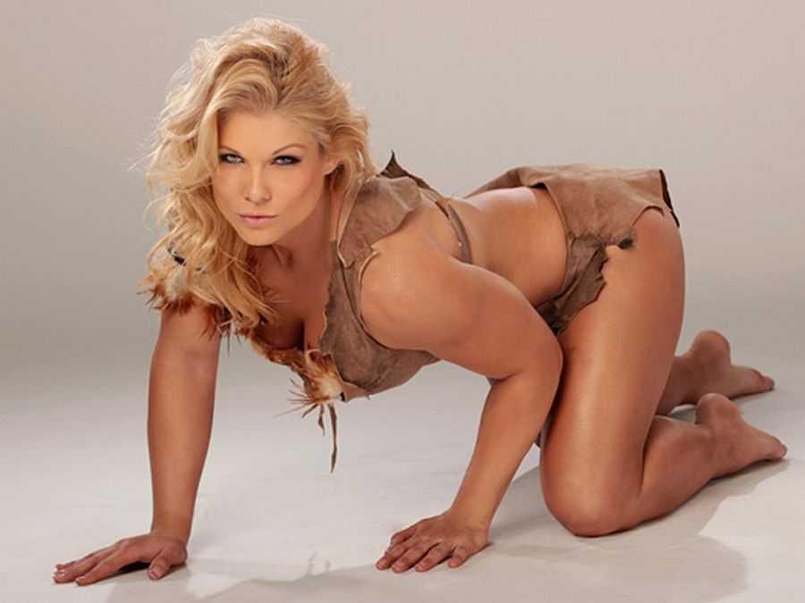 Beth Phoenix hot look