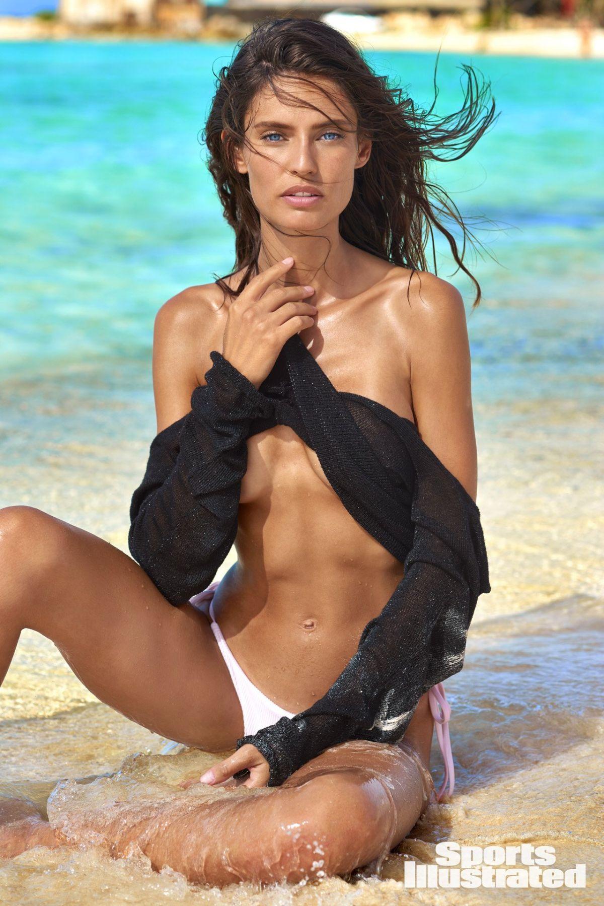 Bianca Balti hot cleavage