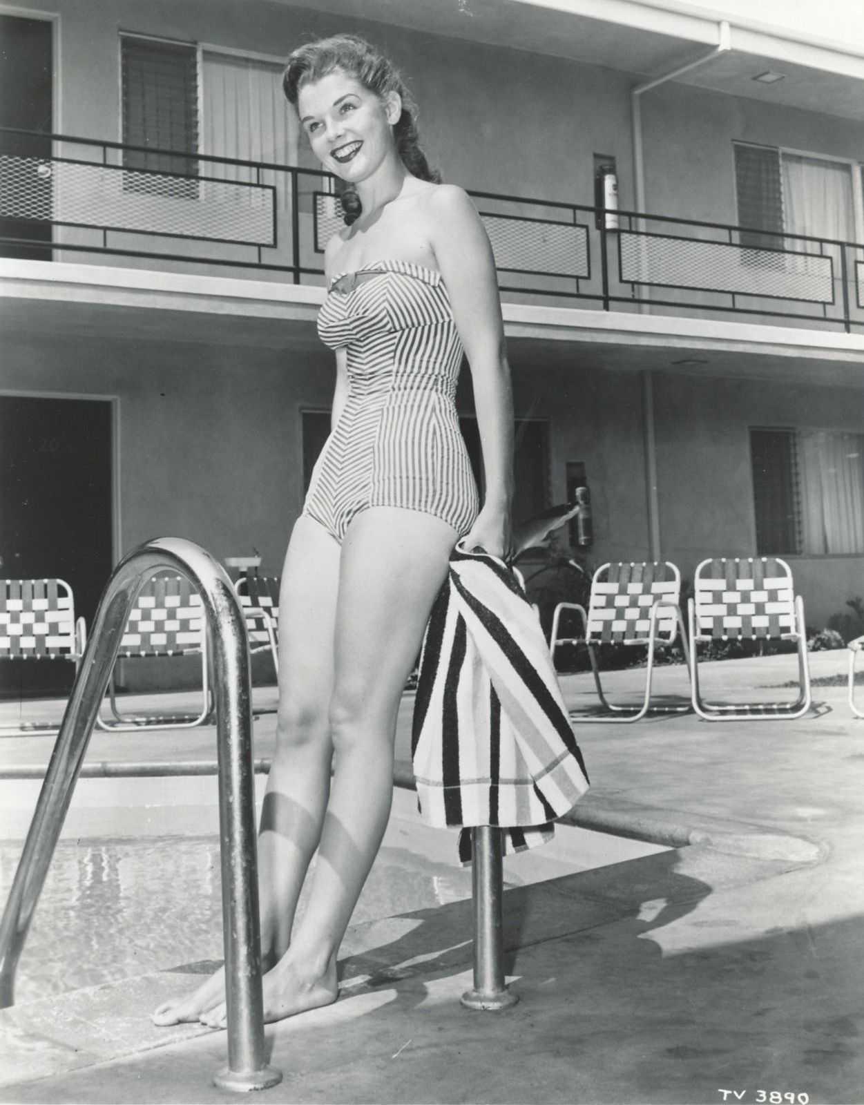 Carol Lynley lingerie