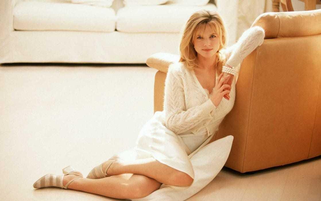 Courtney Thorne-Smi hot