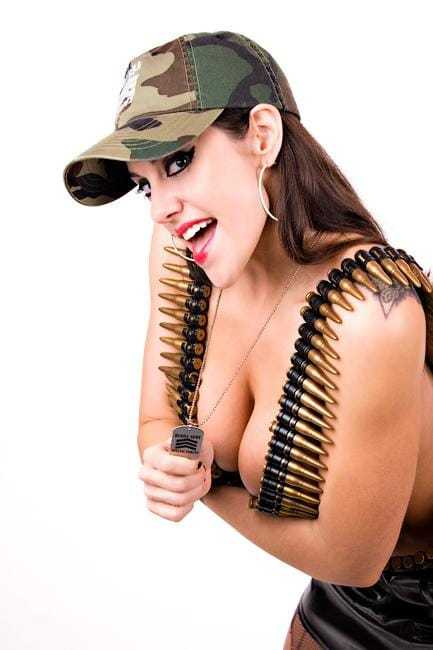 Daffney cleavage photo