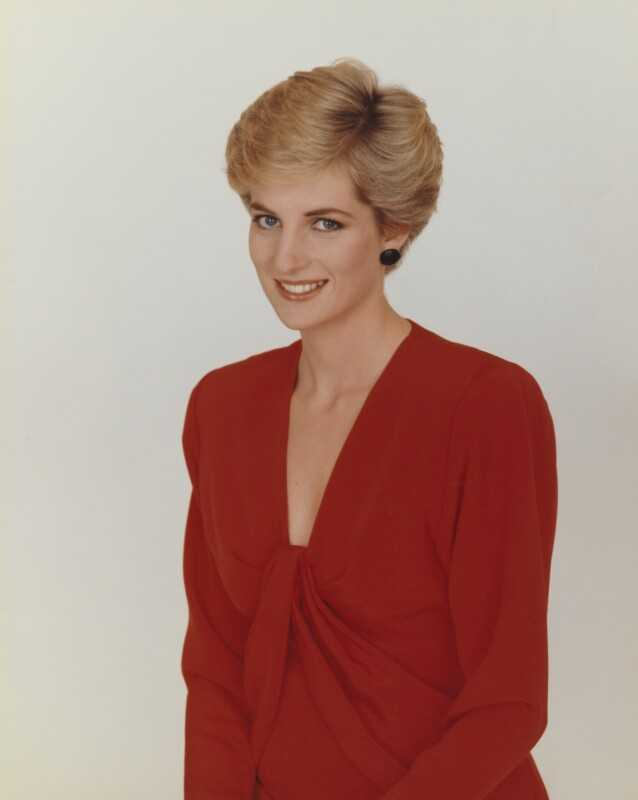 Diana, Princess of Wales side boobs