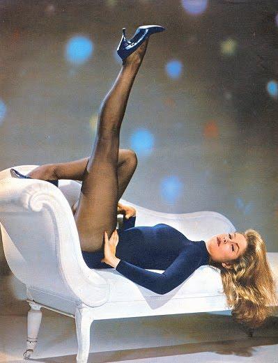 Elizabeth Montgomery sexy legs