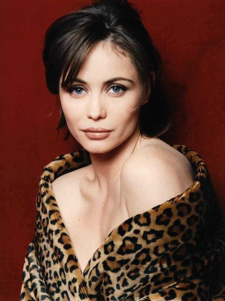 Emmanuelle Béart hot (2)
