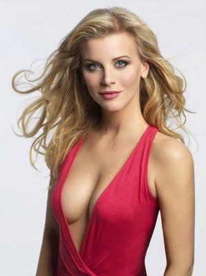 Eva Habermann side boobs
