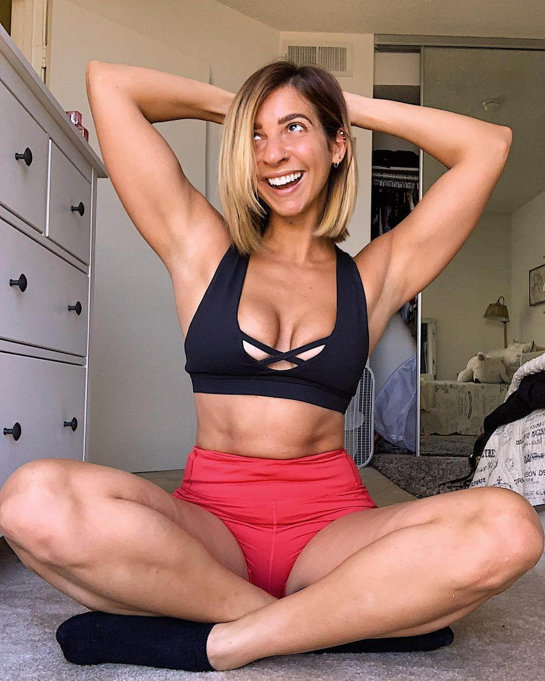 Gabbie Hanna sexy bikini pics (2)