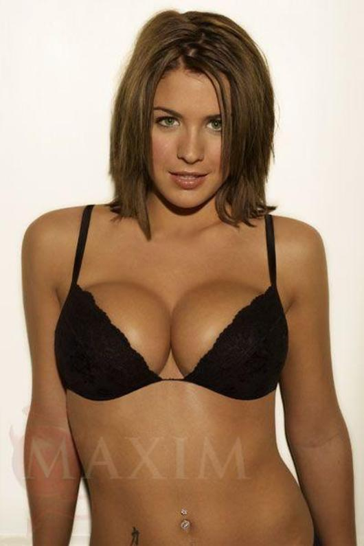 Gemma Atkinson sexy bikini pics