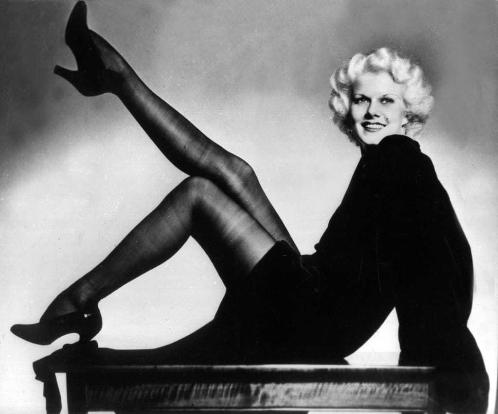 Jean Harlow sexy feet pic (2)