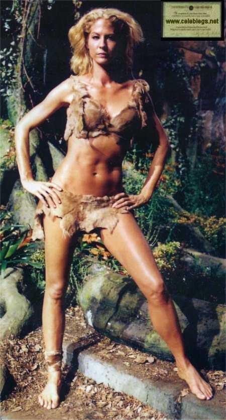 Jenna Elfman bikini