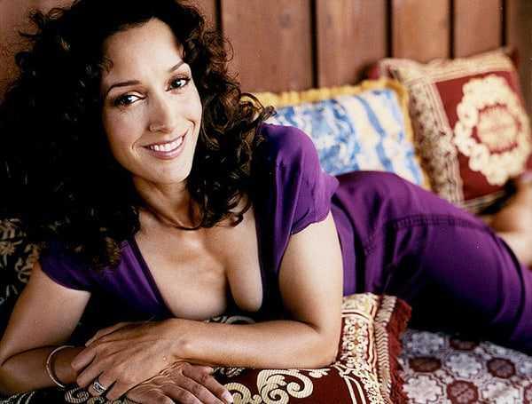 Jennifer Beals cleavage photo
