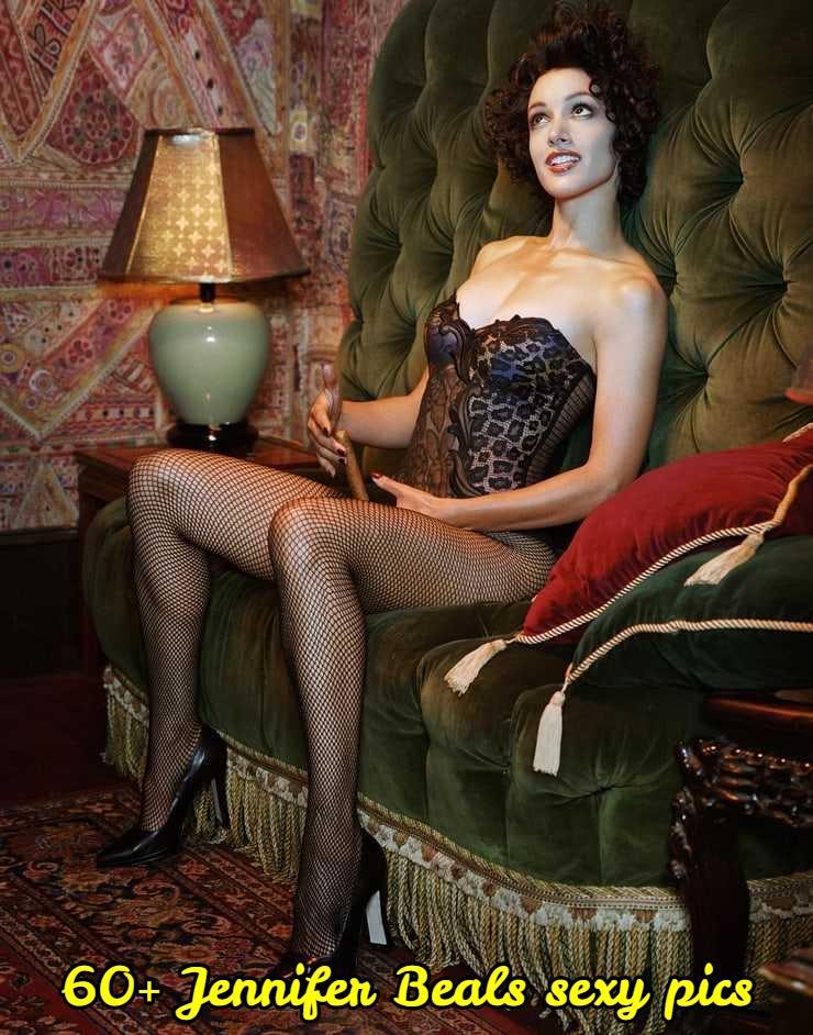 Jennifer Beals sexy legs pic