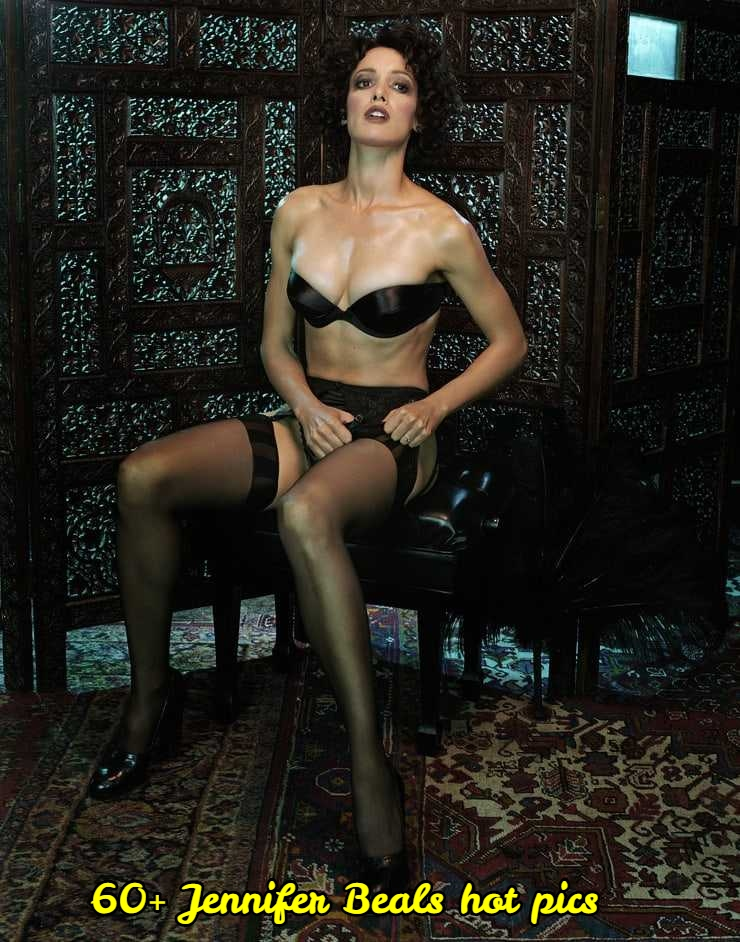 Jennifer Beals sexy pictures