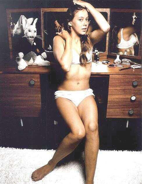 Jenny Agutter hot bikini pics