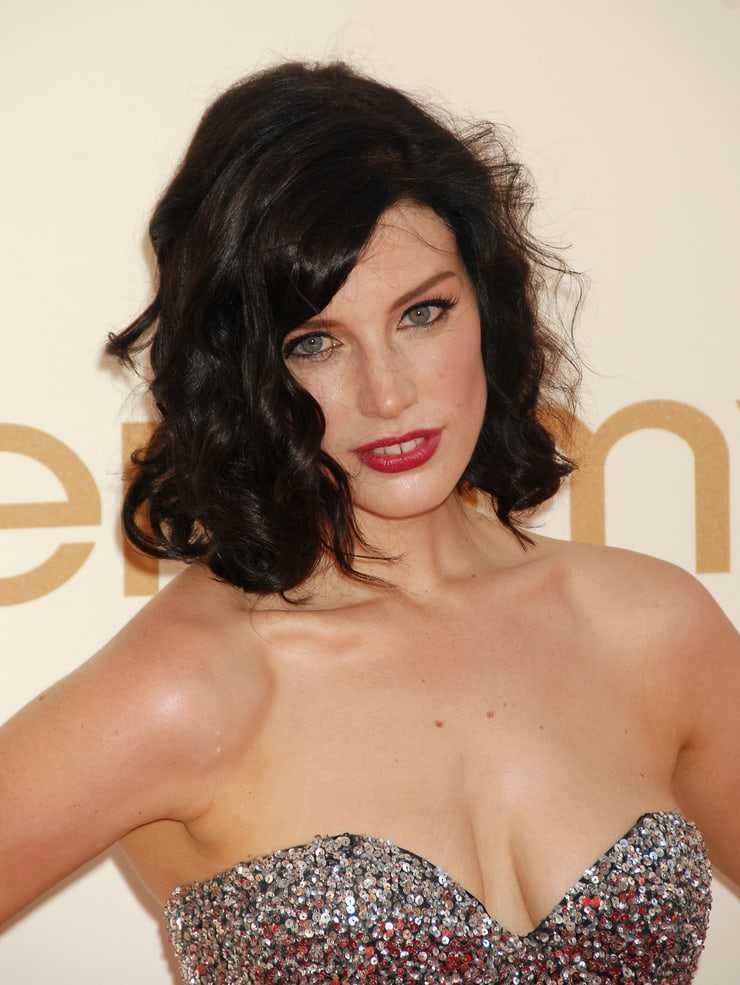 Jessica Paré hot look pic
