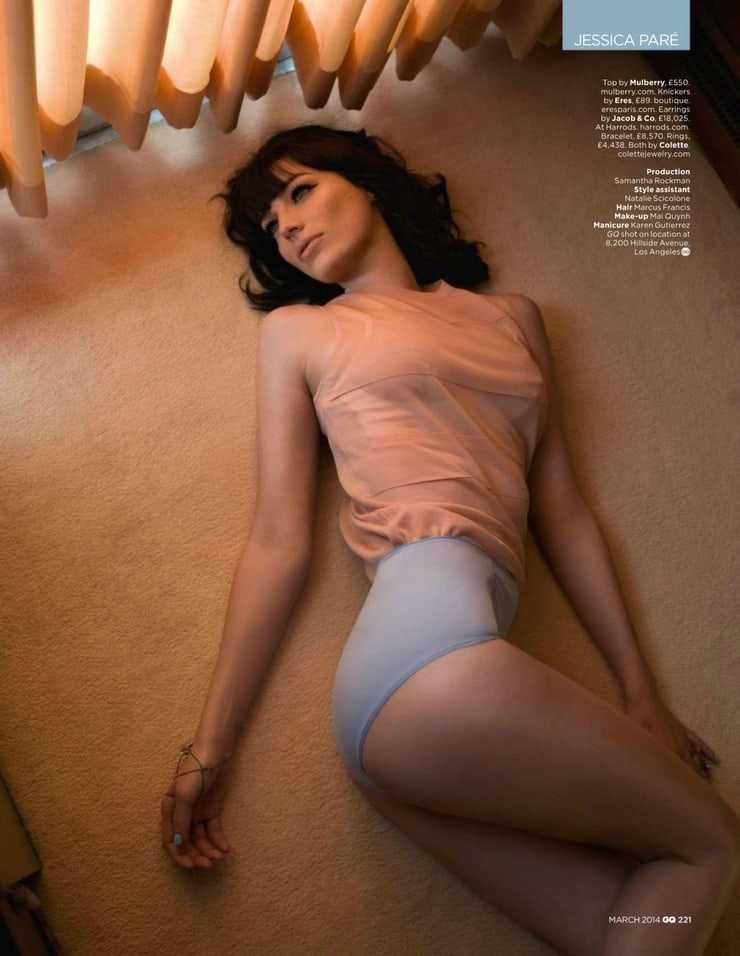 Jessica Paré sexy