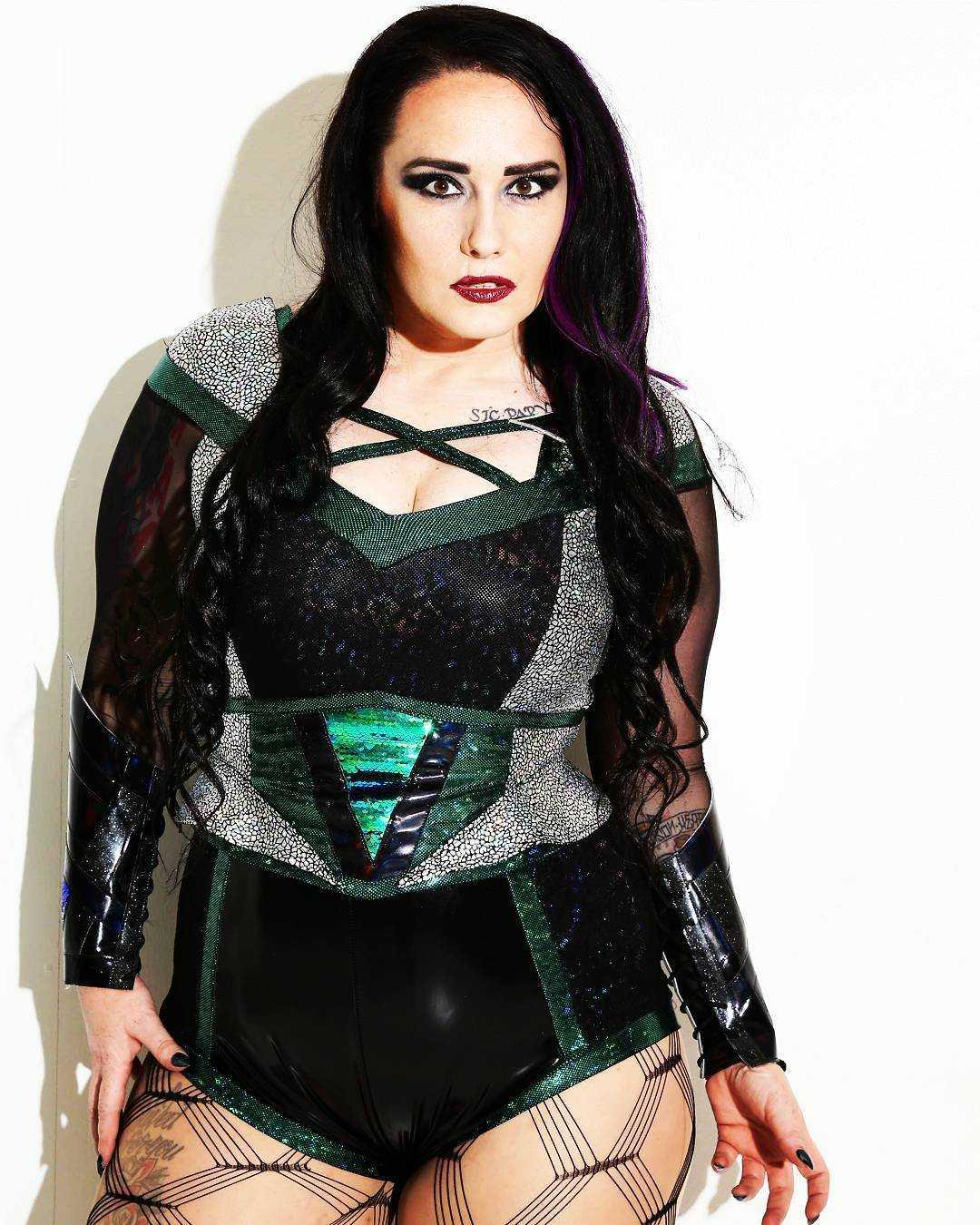 Jessicka Havok hot look