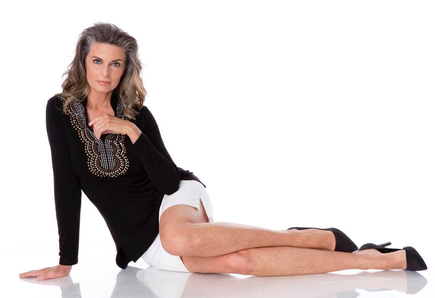 Joan Severance sexy photo (2)