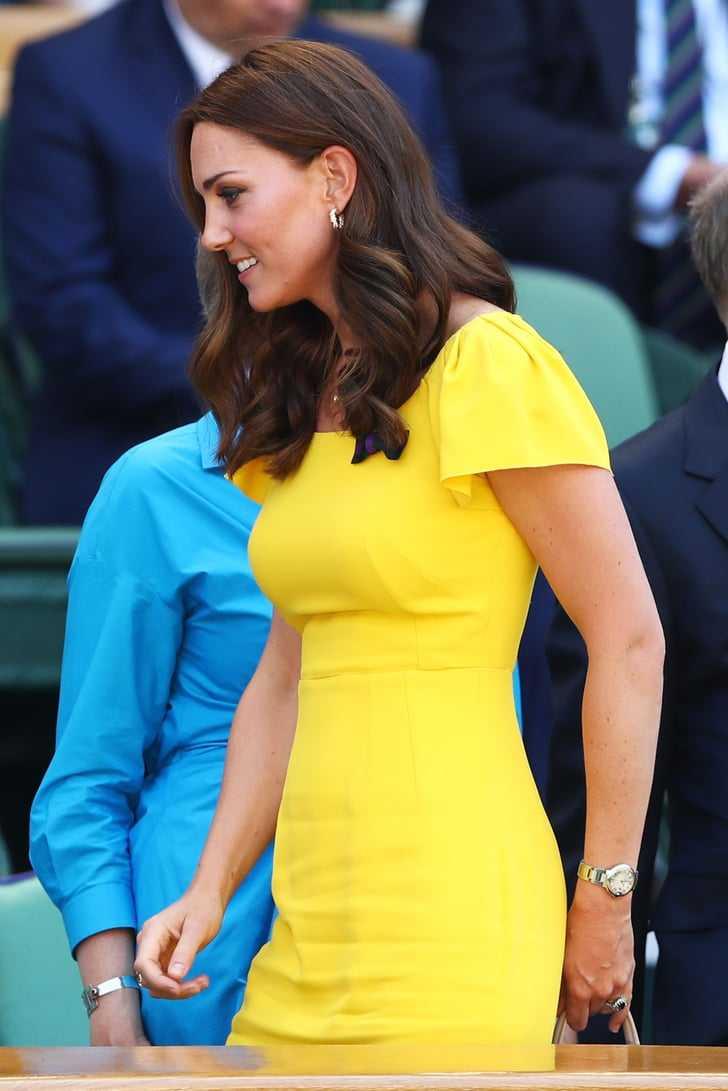 Kate Middleton side pose