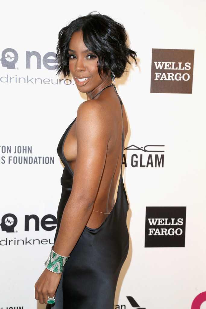 Kelly-Rowland-side-boobs-pics-2