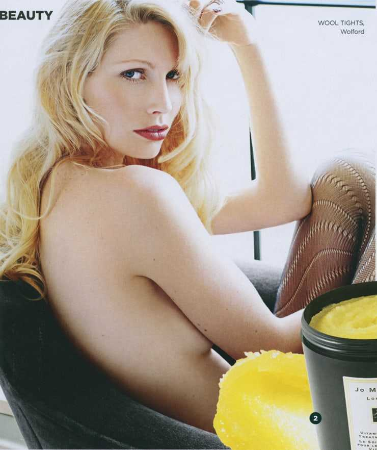 Kirsty Hume hot pictures