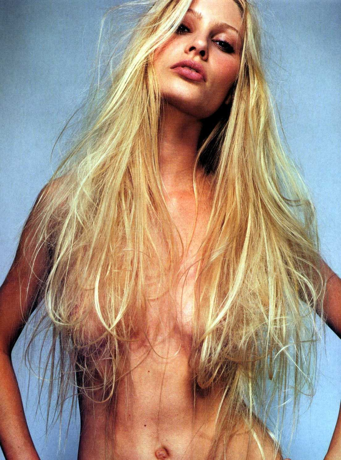 Kirsty Hume topless