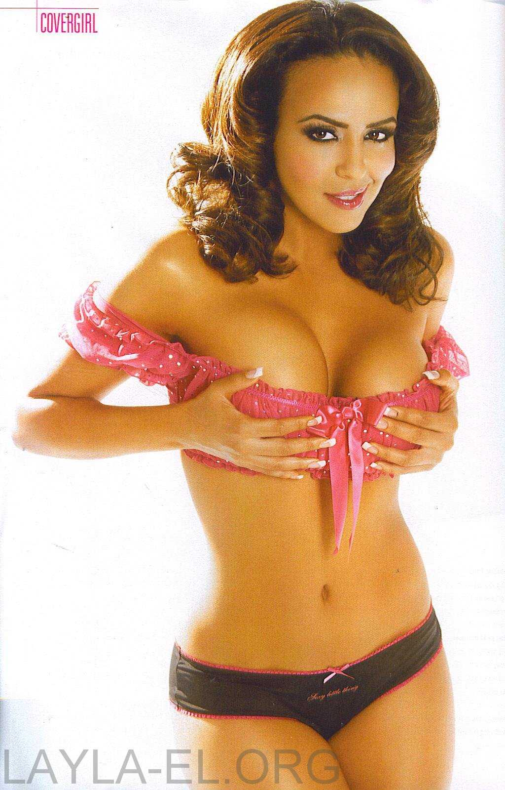 Layla sexy look pictures
