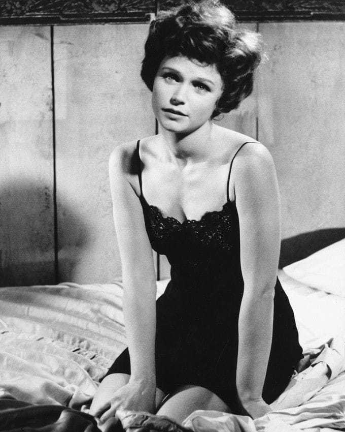 Lee Remick hot (2)