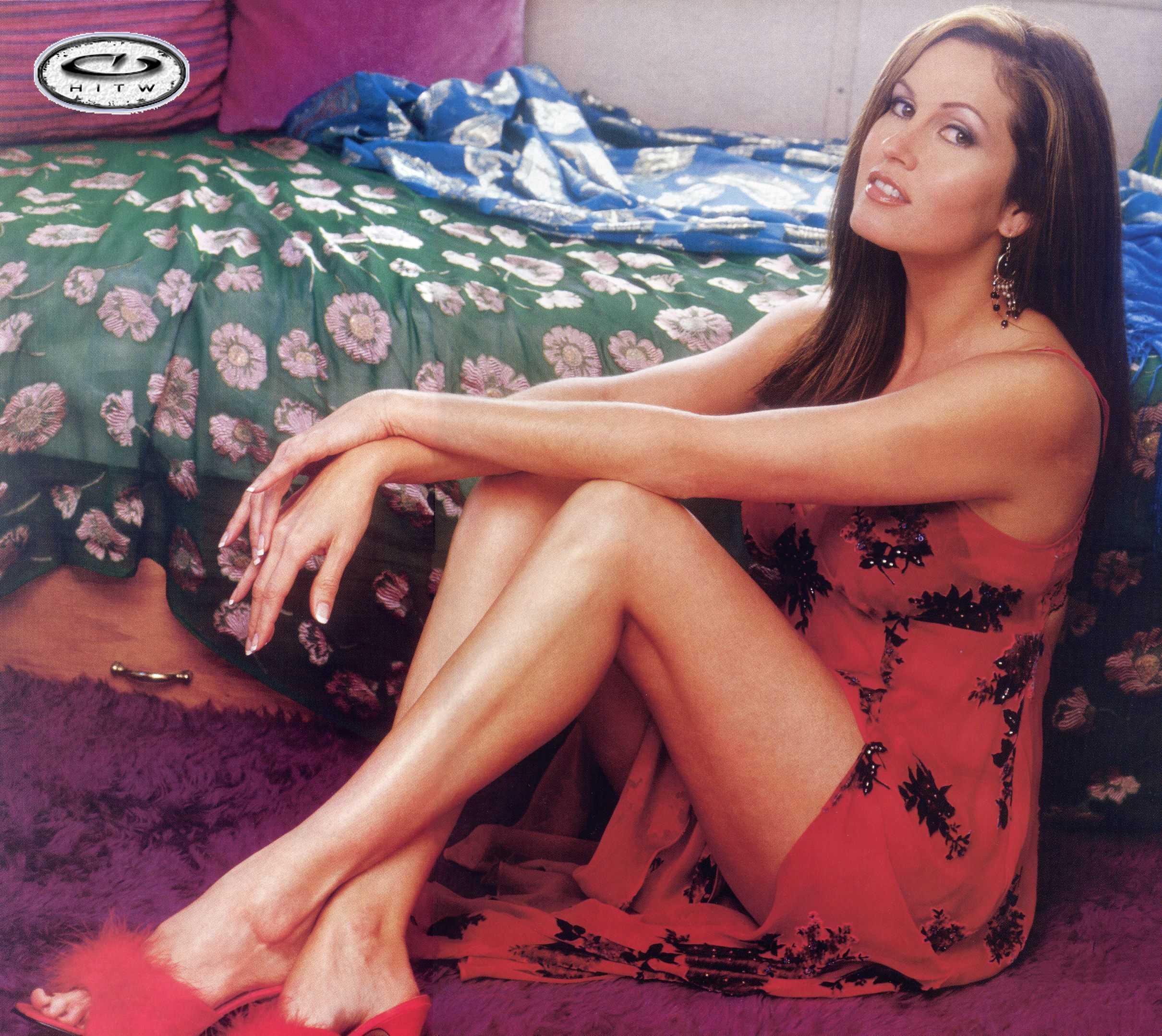 Lisa Guerrero sexy thighs