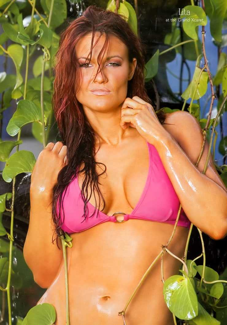 Lita sexy pictures (2)