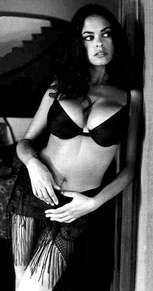 Maria Grazia Cucinotta (1)