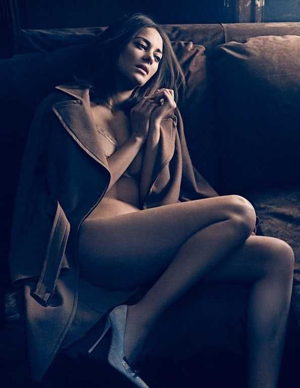 Marion Cotillard big boobs