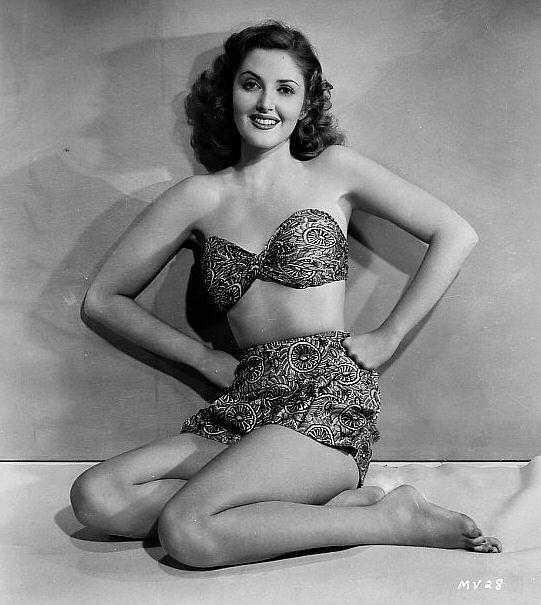 Martha Vickers sexy bikini pic