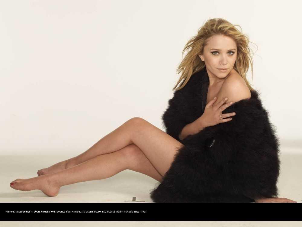 Mary-Kate Olsen sexy bikini