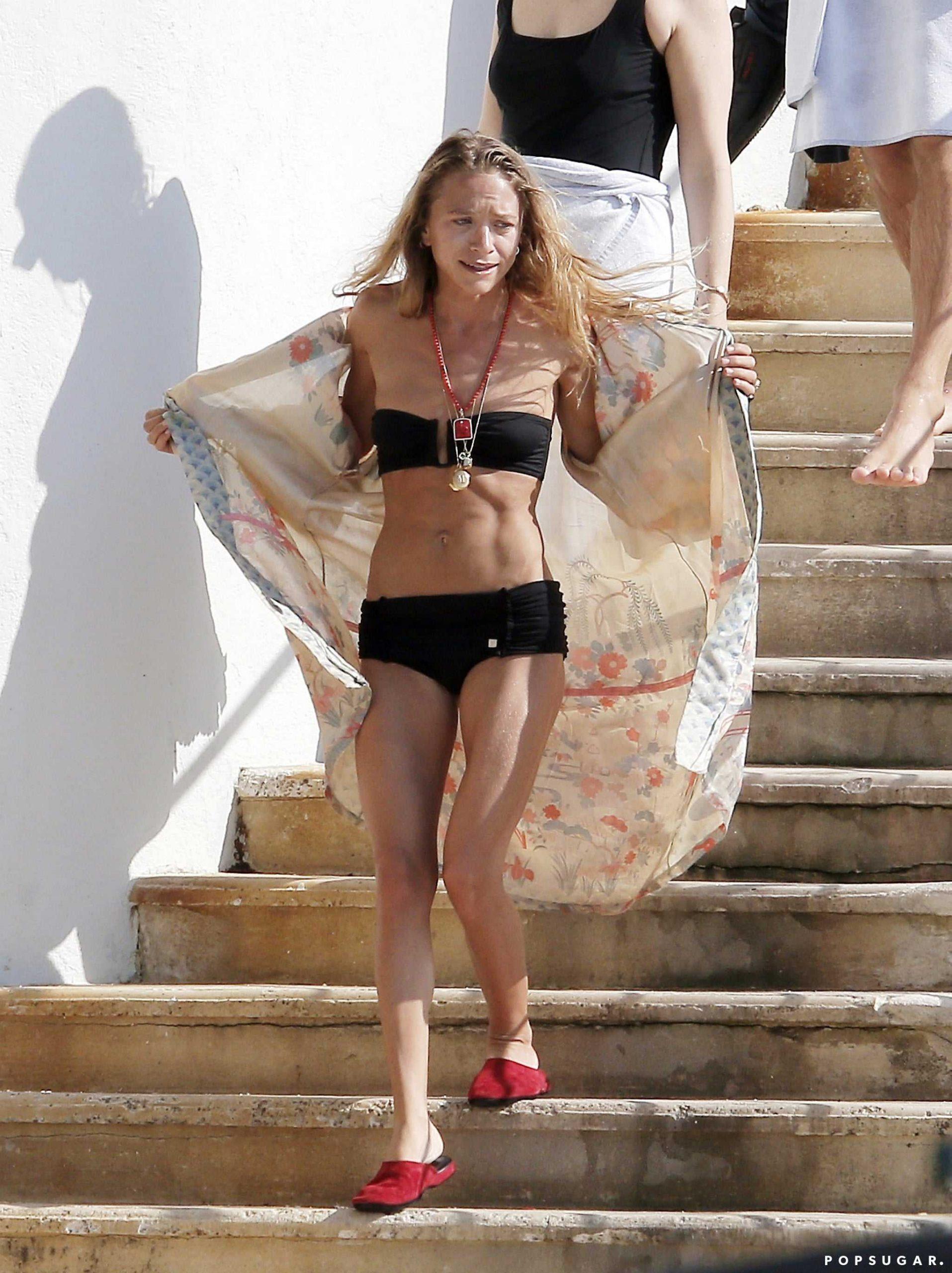 Mary-Kate Olsen topless
