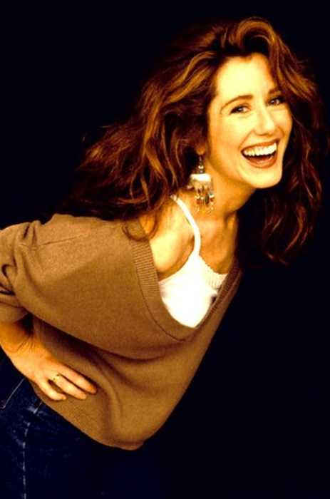 Mary McDonnell beautiful
