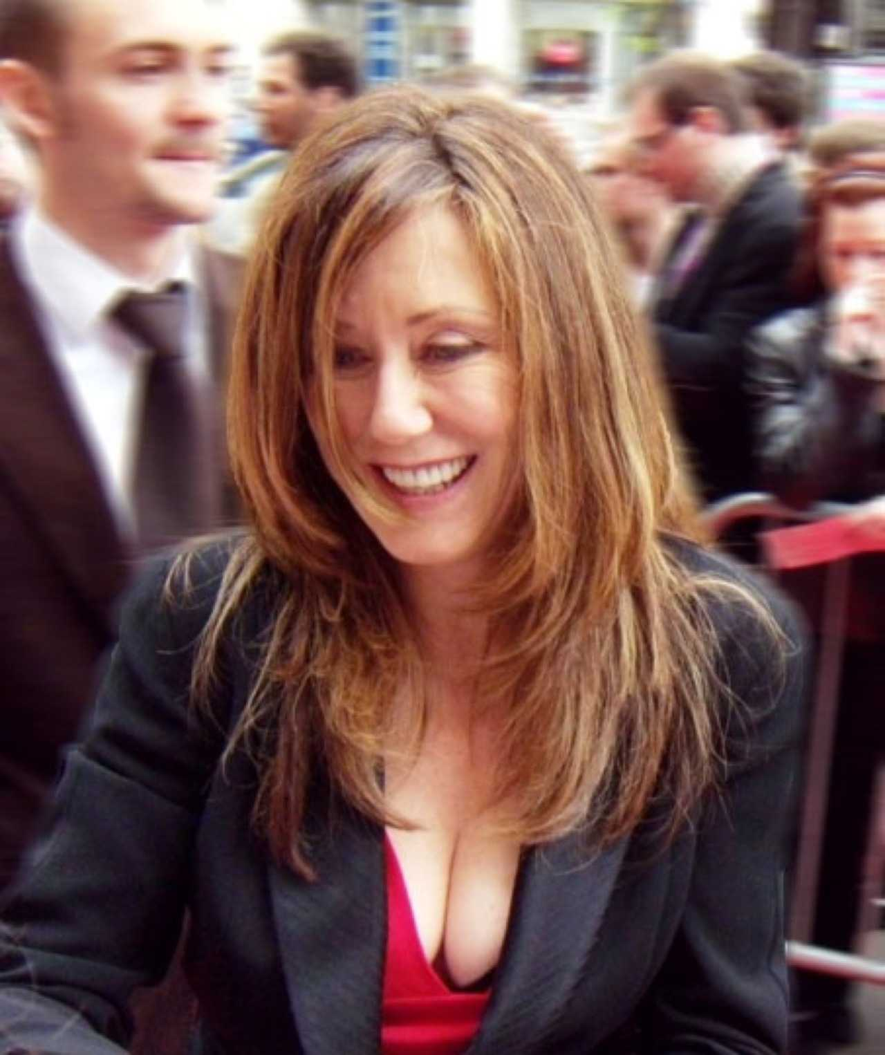 Mary McDonnell cleavage