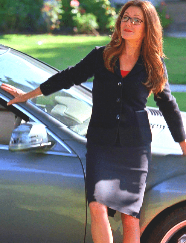 Mary McDonnell hot pics