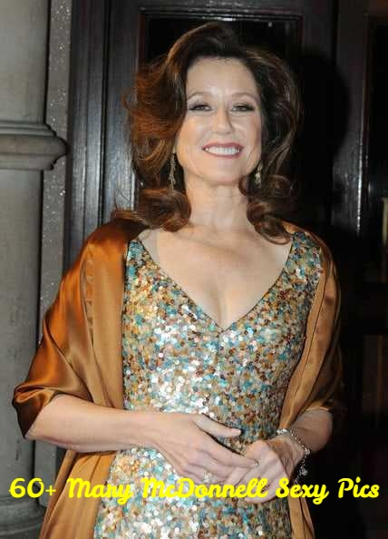 Mary McDonnell sexy pics
