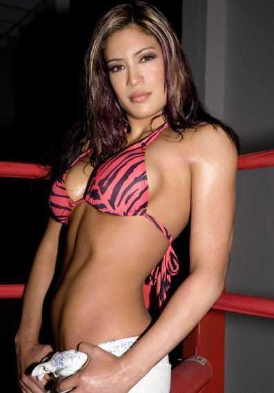 Melina hot look (2)