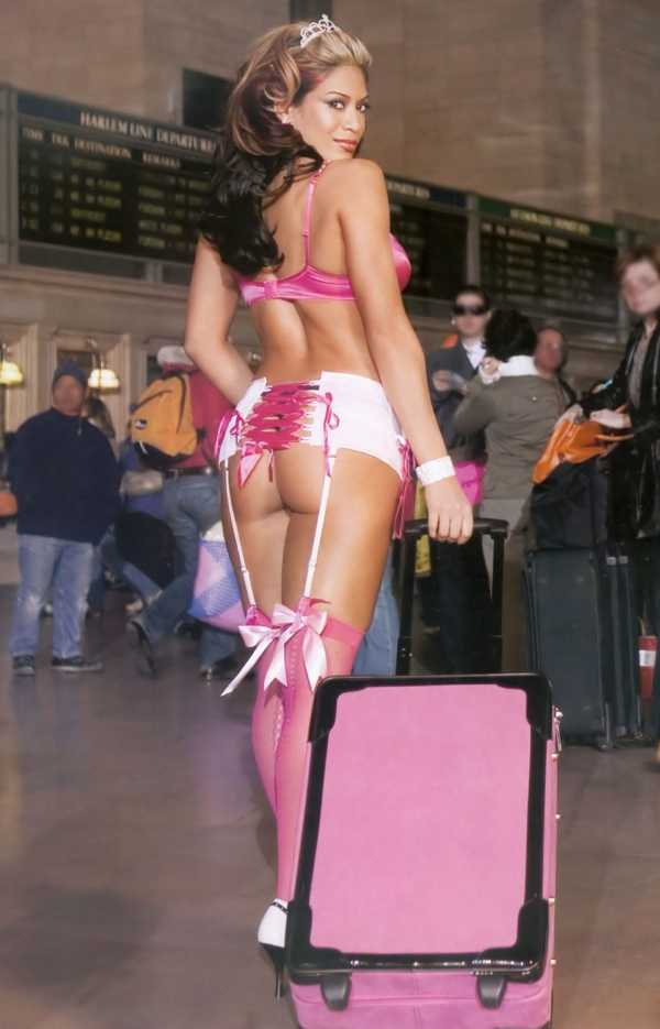 Melina sexy butt pic