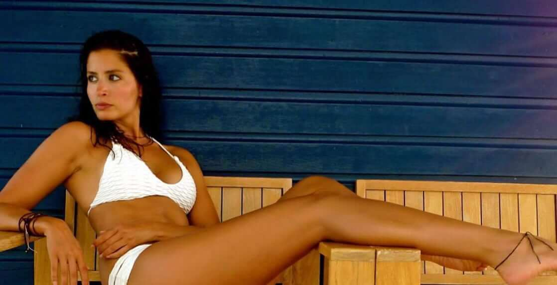 Mercedes Mason sexy bikini pic
